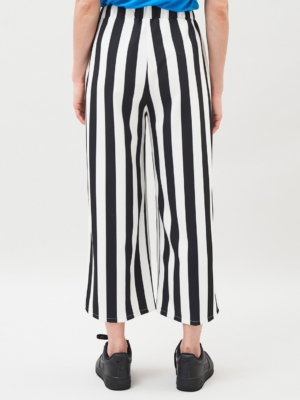 Dr.Denim Abel Culottes black and white striped 2