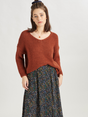 24 Colours knitted sweater rust red