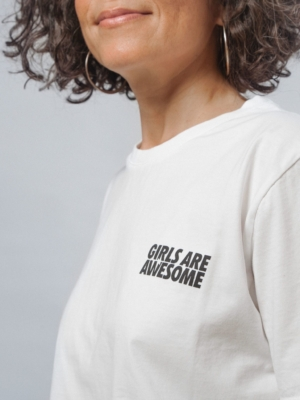 Girls are Awesome Icon Boyfriend T-Shirt weiss