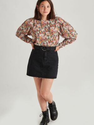 24 Colours blouse with flowers retro
