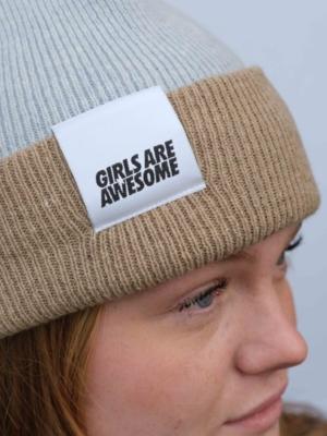 Girls are Awesome Single Drip Lammwoll Beanie hellblau